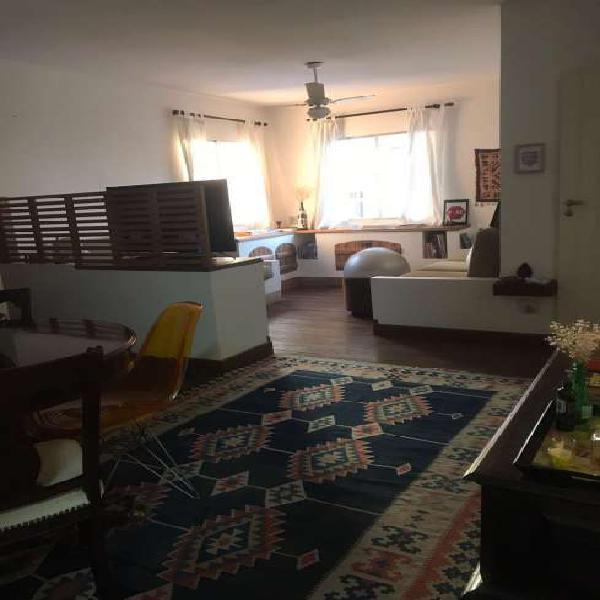 Apartamento para venda possui 80 metros quadrados com 2