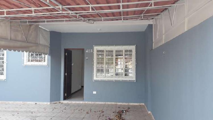 Casa para venda possui 80 metros quadrados com 3 quartos em