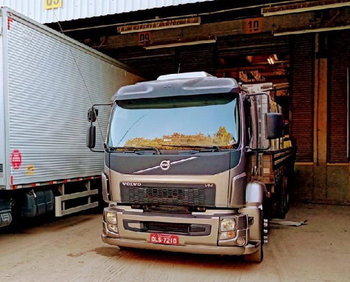 Caminhão truck Volvo Vm 270