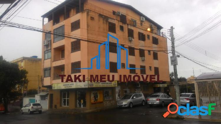 Apartamento com 3 dormitórios com 2 aparelhos de ar