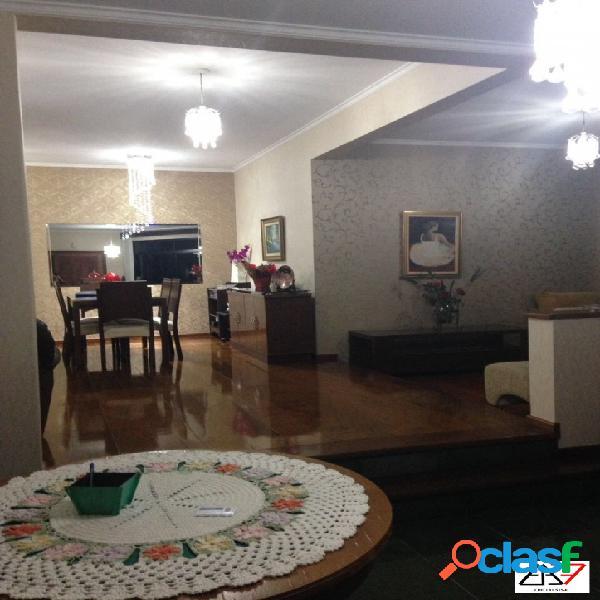 Apartamento de 03 dormitórios à venda no Bairro Jardins -