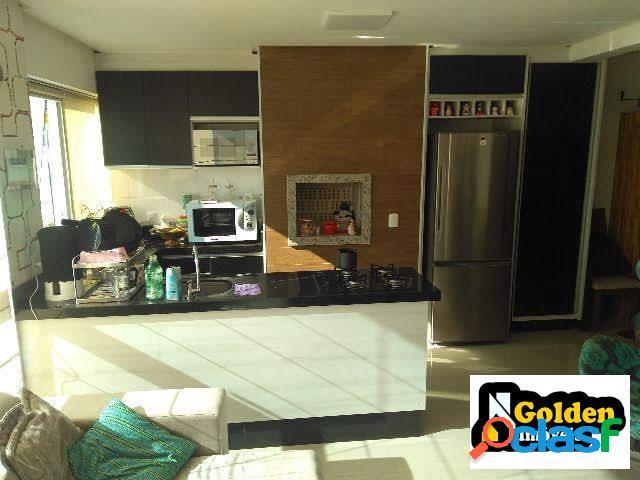 Apartamento de 2 dormitórios, Perequê em Porto Belo-SC