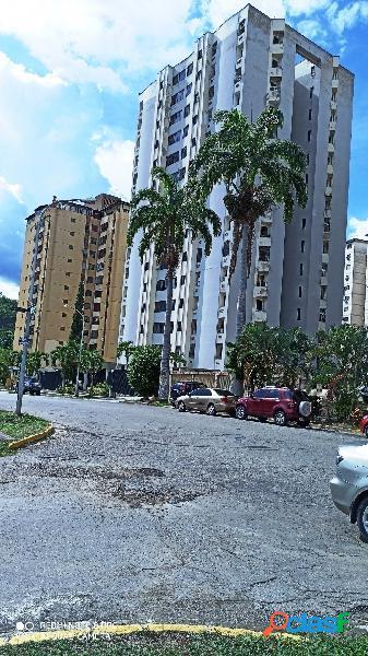 Apartamento en venta en Urbanizacion Lomas del Este Piso 2