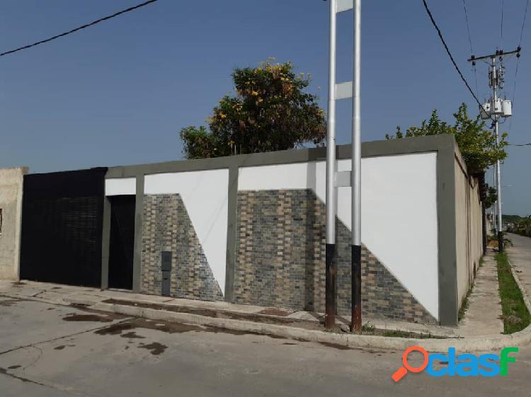 Venta de Casa en san Joaquin Conjunto cerrado