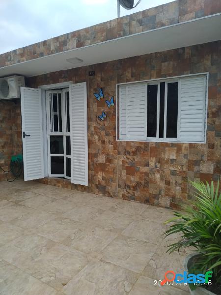 Sobrado de 3 dormitórios em São vicente na Vila São Jorge