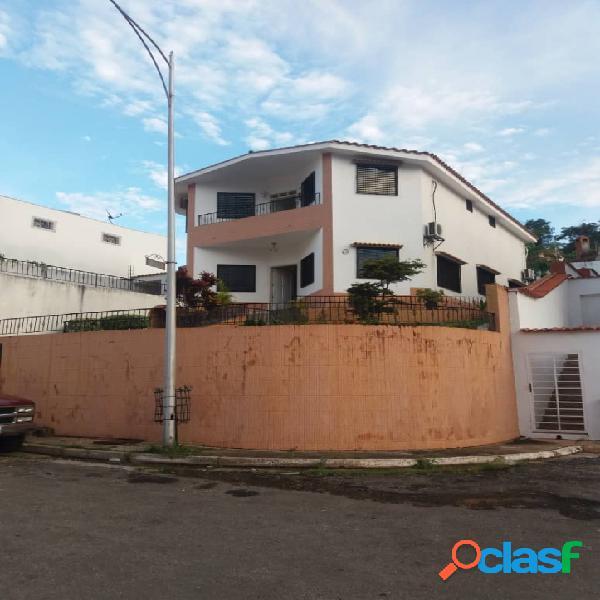488 M2. Venta de casa en terrazas de los nisperos conjunto
