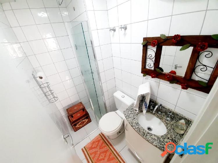 Apartamento com 2 dormitórios no São Dimas