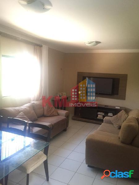 Vende-se ótimo apartamento no Bairro Aeroporto
