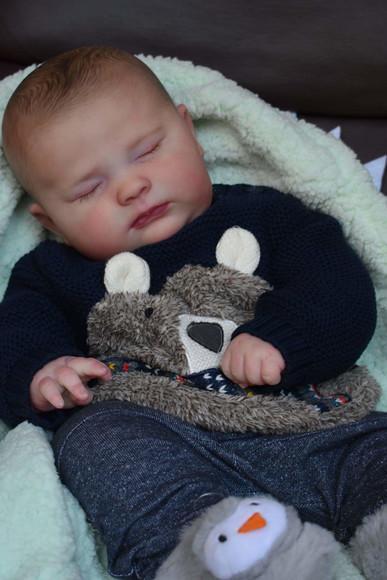 Bebê Reborn Kit Joseph Dormindo Corpo Tecido Hiper Realista