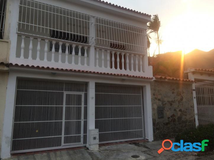 Casa en Venta, La Esmeralda. San Diego