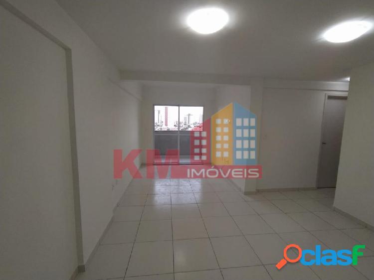 Vende-se lindíssimo apartamento no Antônio Veríssimo