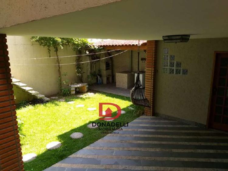 Casa Padrão para Venda e Aluguel em Jardim Ernestina São