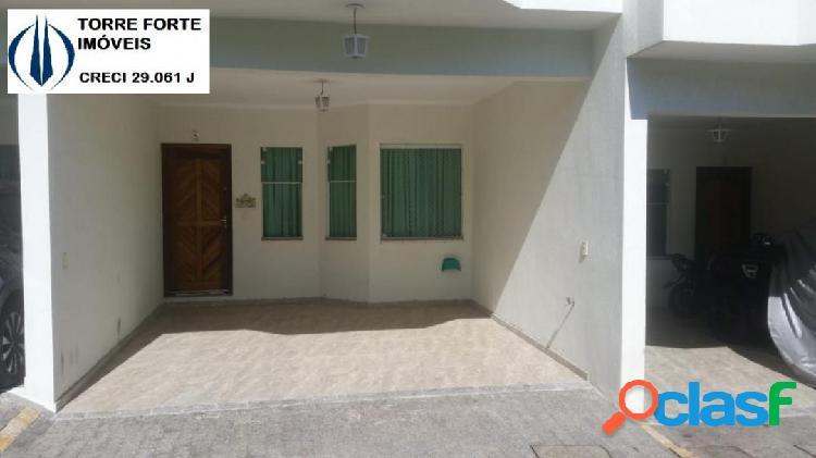 Lindo Sobrado com 3 dormitórios, 1 suíte na Vila Invernada