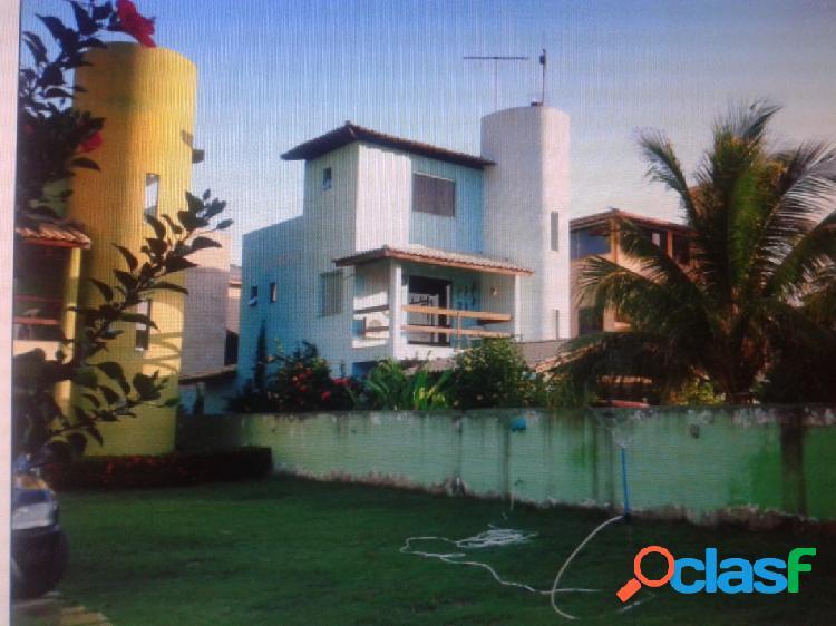 bela casa de 4 suítes na praia de ipitanga ótima