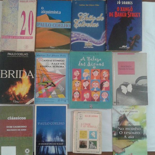 Lote com 12 livros de Literatura Brasileira Diversos