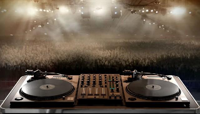 Dj som e iluminação para eventos projetor e telão