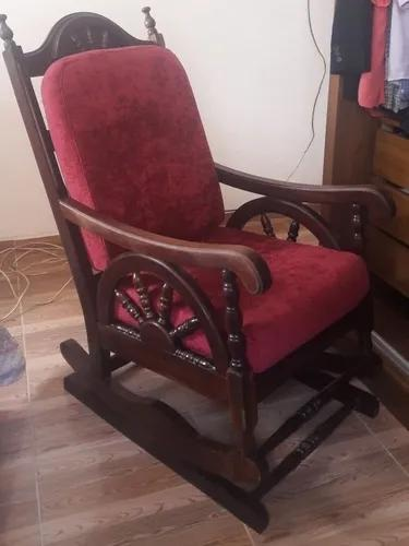Cadeira De Balanço Antiga Madeira Maciça - Peroba