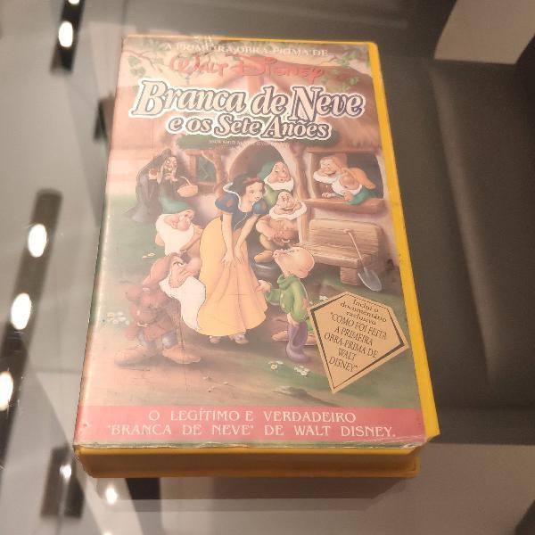 VHS legítimo Branca de Never e Os Sete Anões