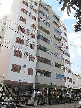 Apartamento mobiliado, com 02 dormitórios sendo 01 suíte,