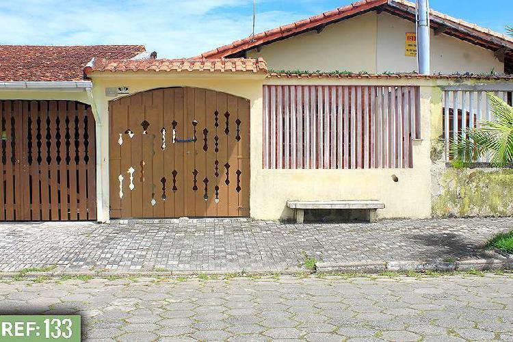 Casa 2 Dormitórios Lado Praia - 2 Quadras da Praia