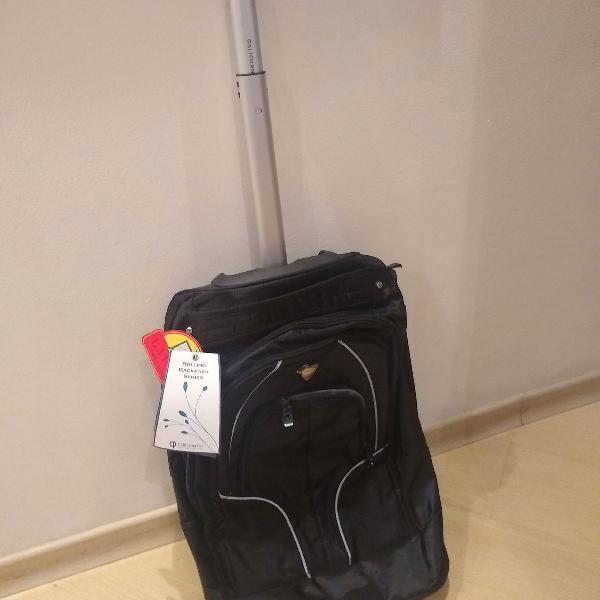 mochila em nylon extra durável, com rodízio Califórnia