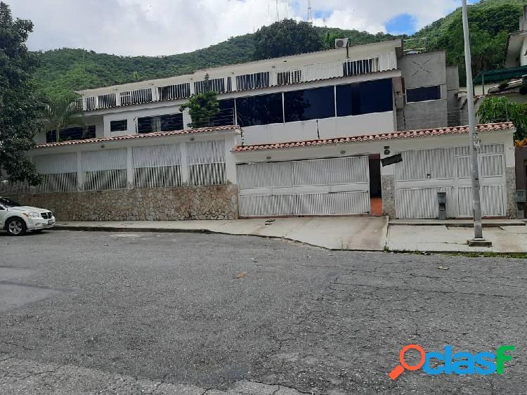 (1600mtrs) Casa en venta en Lomas del Este