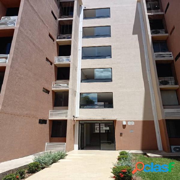 Apartamento en Conjunto Residencian en Valles de Topacio (60