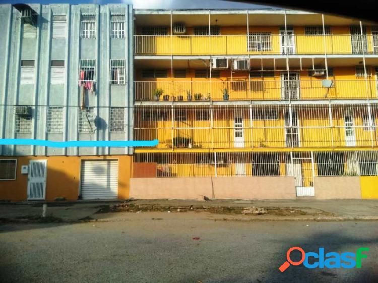 Apartamento en Venta en La Isabelica, 83m²