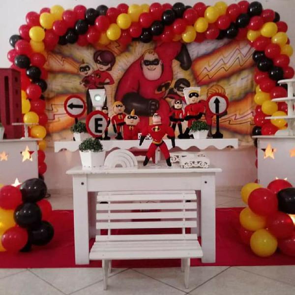 Kit Festa Decoração Painel GG + 6 Bonecas Os Incríveis