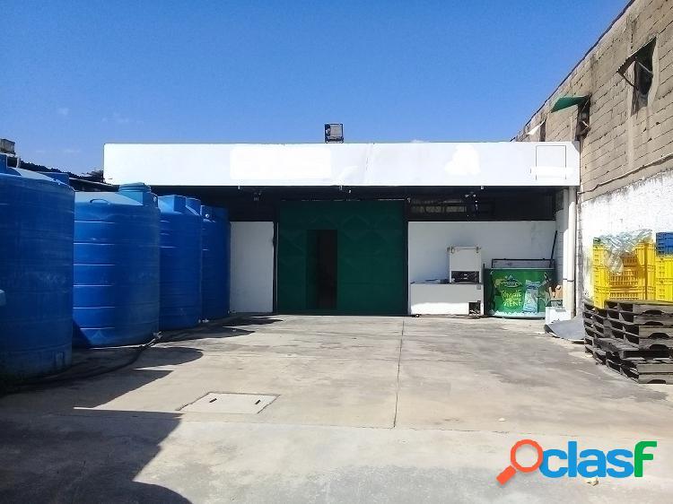 Venta Fabrica de Helados. San Blas (1.325 m2)