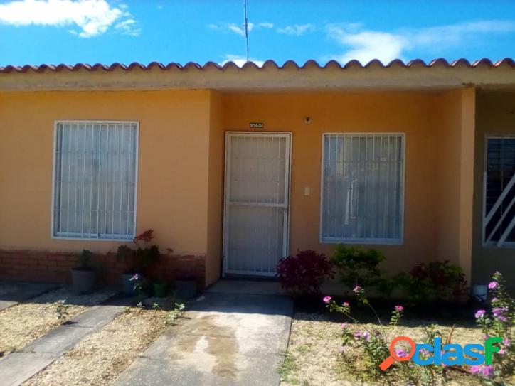Casa de 150mtrs OBRA LIMPIA Tocuyito via el Oasis