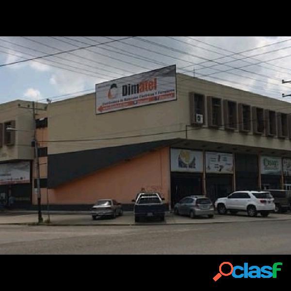 Venta de Local Comercial en Zona Industrial Carabobo.