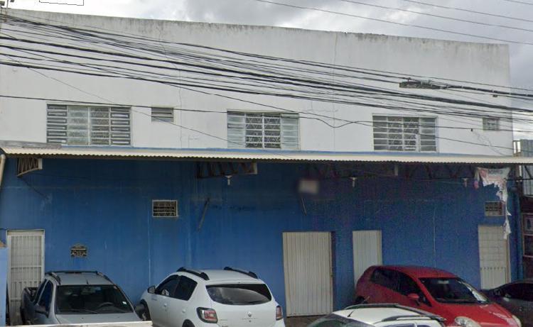 Galpão para venda 550 metros quadrados + 1 Apartamento em