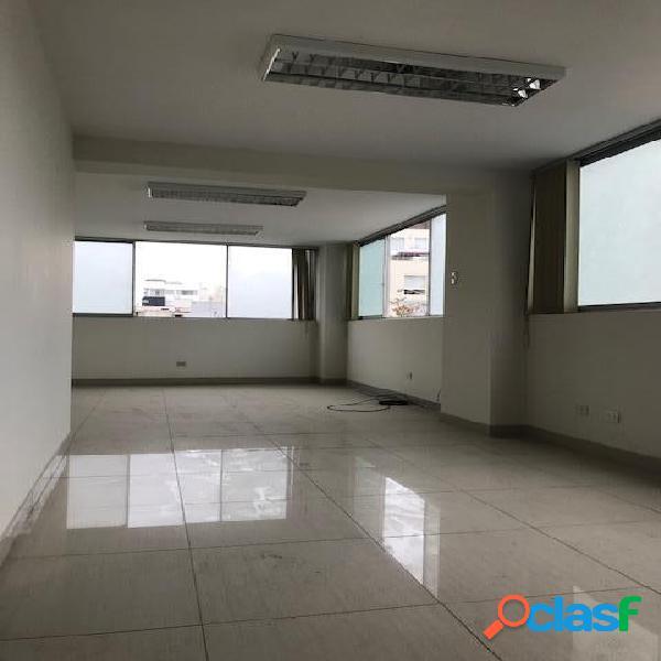 Alquilo Oficina Semi Implementada - San Isidro