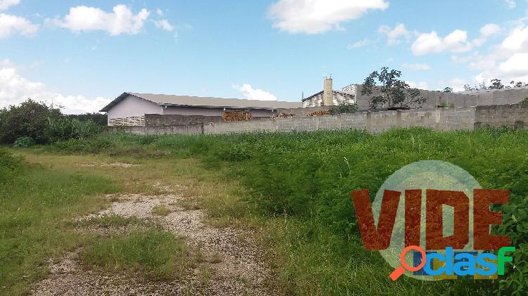 Chácaras Reunidas: Área industrial, 2700 m², próx, à