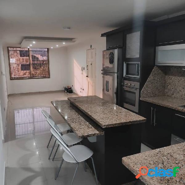 Apartamento en venta en la Urb. El Bosque, Valencia.