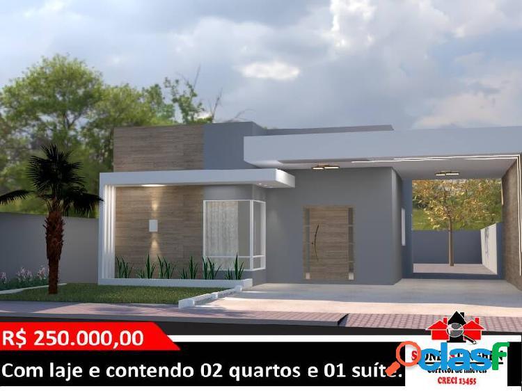 Linda casa em construção, no centro de Bal. Barra do Sul