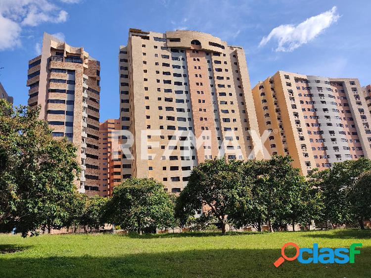 Amplio y luminoso apartamento en venta en La Trigaleña