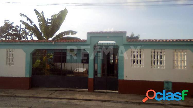 Casa en venta en La Vivienda Popular Los Guayos