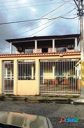 Linda y cómoda casa en venta en Yagua, sector El Toco 300