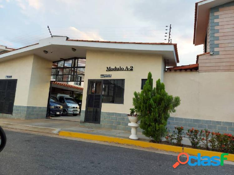 BELLA CASA DE ESQUINA en Conjunto Residencial TERRANOSTRA