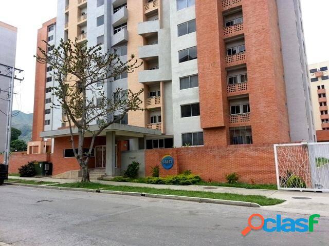RE/MAX Ofrece En Venta Apartamento En La Residencia Sun
